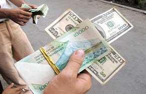 هیچ کس به فکر پول ملی کشور نیست